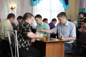 В минувшие выходные в Бородино прошел шахматный турнир, посвященный юбилею СУЭК. Он стал одним из первых в череде праздничных мероприятий, приуроченных к 10-летию крупнейшей в России угольной энергетической компании.