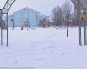 Тонкий лёд мешает украсить город Назарово к Новому году