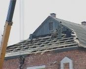 Назаровские  коммунальщики выходные провели на крышах домов