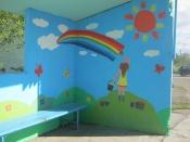 Школьники украсили остановку в поселке Строителей