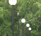 Антивандальные фонари вновь лишились светильников