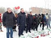 ГИБДД, общественники и ЮИД провели митинг у памятника «Скорбящая мать»