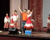 Благодаря своим наставникам детский коллектив из Назаровского района покорил международную сцену