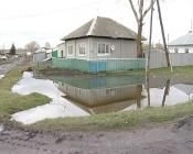 Жители Борьбы устали оправдывать название своей улицы и спасать дома от затопления