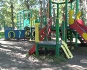 Детская игровая площадка города Назарово стала полем для работы вандалов
