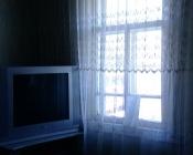 Многодетная семья из Назарово платит по счетам, но живет без электричества