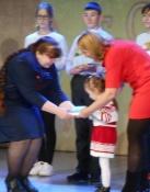 Семья из Назаровского района прочитала дочке 157 книг за время летнего марафона