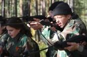 Назаровские школьники и студенты на один день оказались в армии