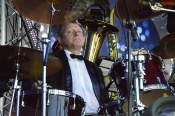 Назаровцев приглашают насладиться игрой саксофона и трубы