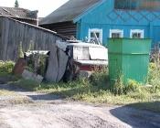 Почти сотню назаровцев оштрафовали за бардак перед домом