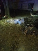 В городе Назарово автомобилист после вечера в кафе разбился в ДТП