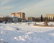 Город Назарово оформляют к Новому году