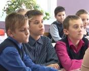 Юных назаровских изобретателей наградили медалями за успехи