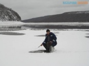 Спасатели просят назаровских рыбаков не выходить на лёд