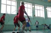 Назаровских мужчин приглашают собрать команду и покидать мяч через сетку