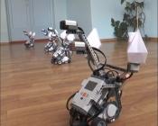 Назаровские подростки научили роботов танцевать