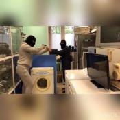 «Розыгрыш» с пистолетами и пассажир в пене на крыше авто возмутил жителей города Назарово