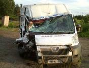 Водителя микроавтобуса, столкнувшегося с КамАЗом, лишат прав