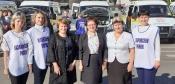 Губернатор Красноярского края вручил главе Назаровского района микроавтобус