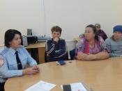 Инспекторы ГИБДД встретились с опекунами и приемными родителями