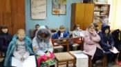 Ученики Назаровской музыкальной школы занимаются в куртках