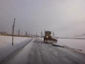 В Назаровском районе дороги чистят рельсами