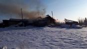Жители частного сектора в городе Назарово сами случайно подожгли свой дом