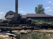 В городе Назарово взрыв полностью уничтожил частный дом (фото)
