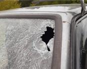 Автомобили назаровцев получают повреждения по пути в Красноярск
