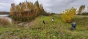 Горняки провели экоуборку на одном из назаровских водоемов