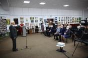 СУЭК презентовала назаровцам книгу к 75-летию Великой Победы