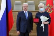 Губернатор Красноярского края вручил горнякам СУЭК государственные награды