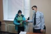 Жительнице города Назарово полицейские вернули украденный в ноябре телефон