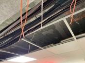 Тяжелые провода или слабые крепления? Появились первые комментарии по ситуации с рухнувшим потолком в Назаровской детской поликлинике
